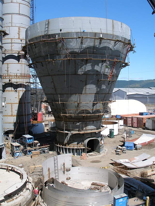 storage tanks for an industrial facility in a high seismic review